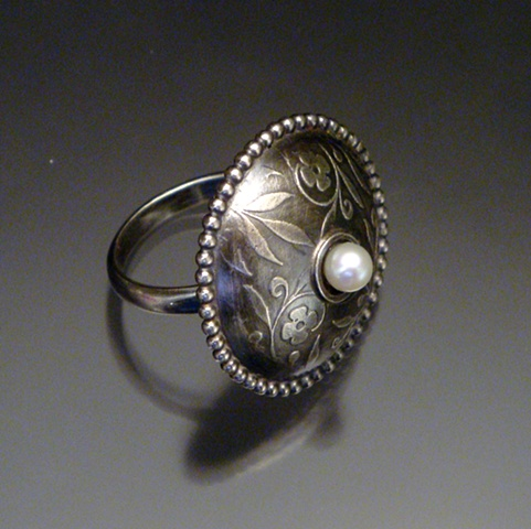 Circle Ring with Pearl, oxidized