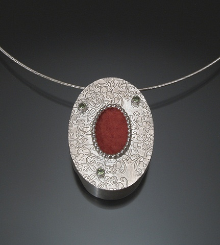 Red Oval Pattern Necklace