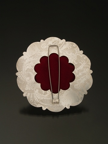 Patterned Rosette Brooch (2nd view)