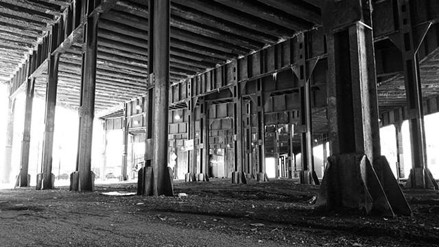 Under the Bridge near Kinzie & Canal