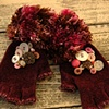 knit gloves w/ vintage buttons