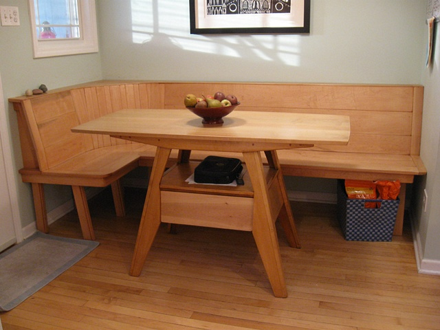 Bill Groot - Maple wood kitchen table and built-in bench seating