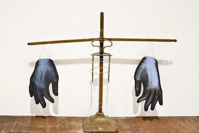 Magnetizing hand healing apparatus (detail)  Austrian, c. 1899 Accession No. 2012-2-au