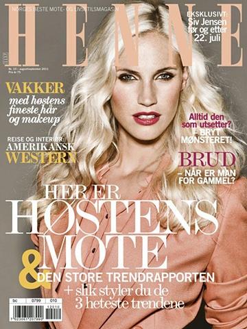 Henne nr.10 August/September 2011