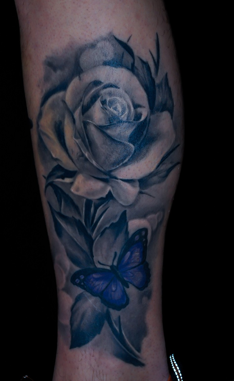 Nakedarttattoos Realistic Black And Grey Rose Tattoo By Chris Lowe