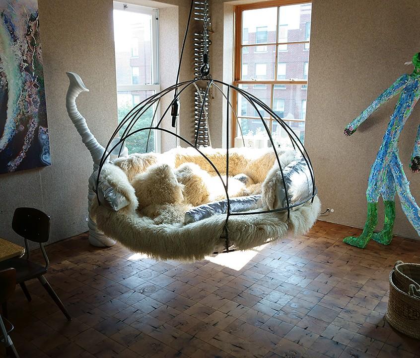 Incroyable Hanging Chair, 2013